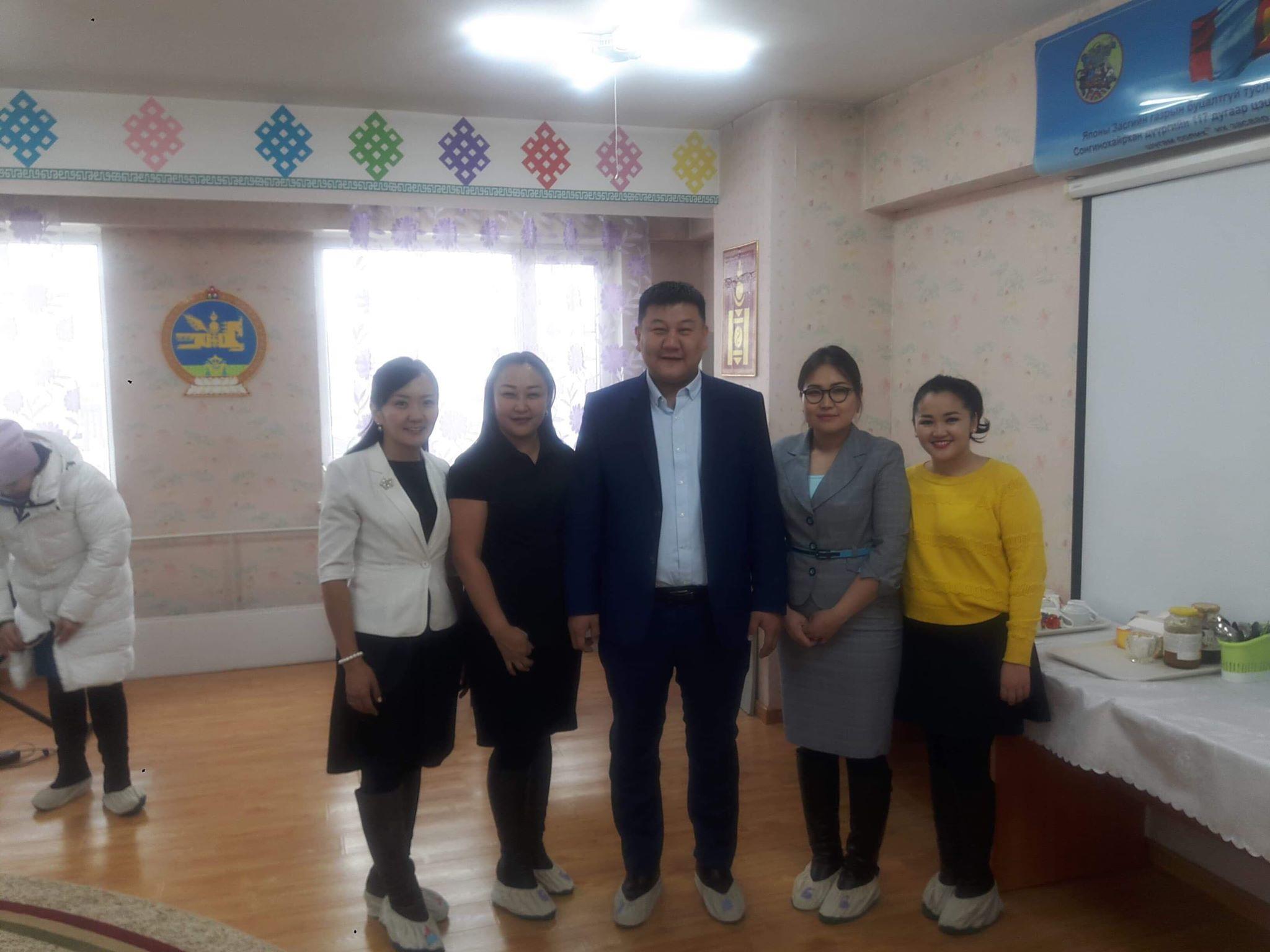 Улаанбаатар хотын цэцэрлэгийн хүүхдийн хоол, шим тэжээл- хоол үйлдвэрлэл, үйлчилгээний менежментийг сайжруулах төслийн семинарт хамрагдлаа.